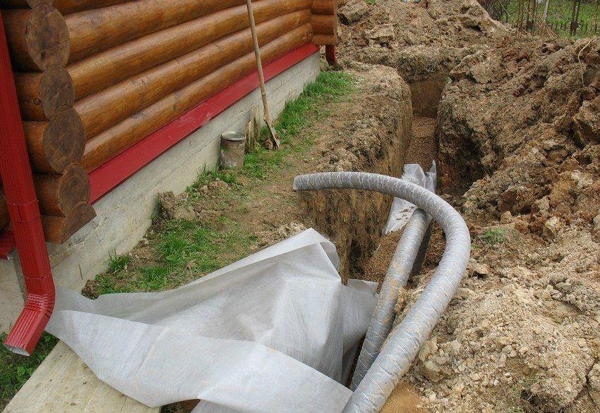 Tubi di drenaggio per l'estrazione di acque sotterranee ...