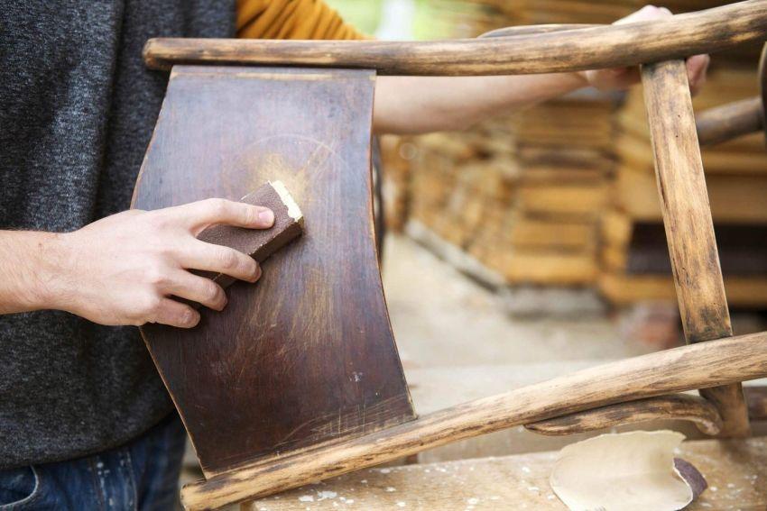 Che tipo di vernice per legno per il lavoro all'aperto è ...